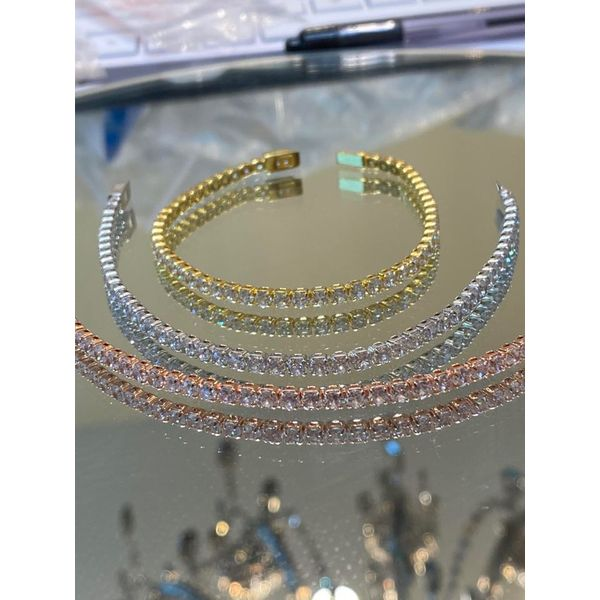 "Yellow Gold Tone Silver Simulated Diamond Line Bracelet 7.5"" Image 3 Your Jewelry Box Altoona, PA"